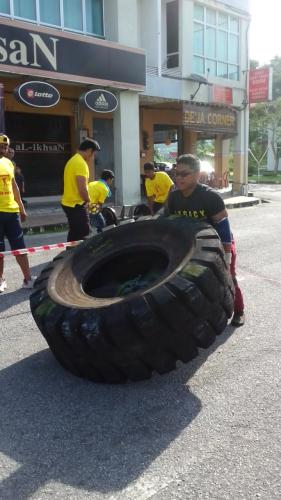 Aiman - 250kg Tyre Flip